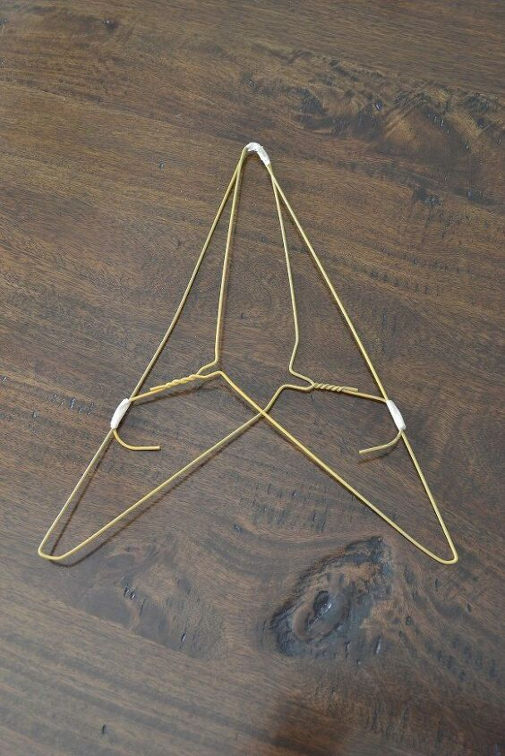 wire coat hanger christmas tree instructions
